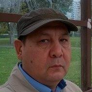 Алишер Камолович