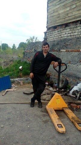 денис, 27, Belovo