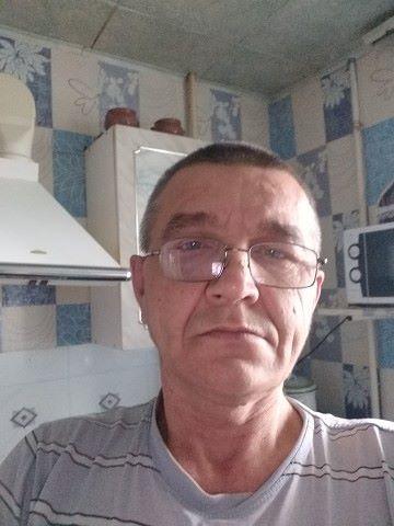 Konstantin, 49, Sovetskaya