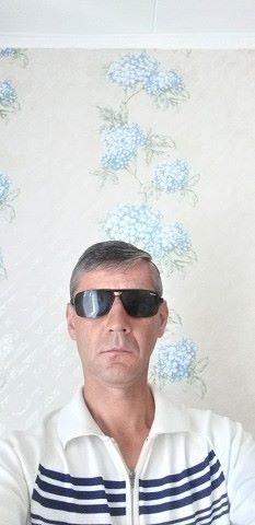 Igor, 42, Novopokrovskaya