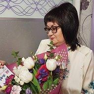 Мира Апакаева