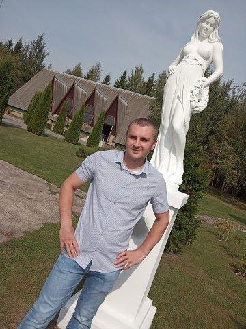 Viktor, 35, Klimavichy