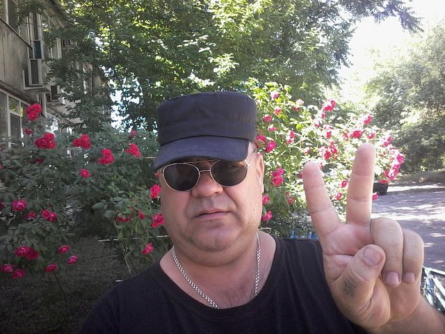 Vyacheslav, 48, Strelka