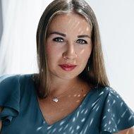 Арина Сваткова