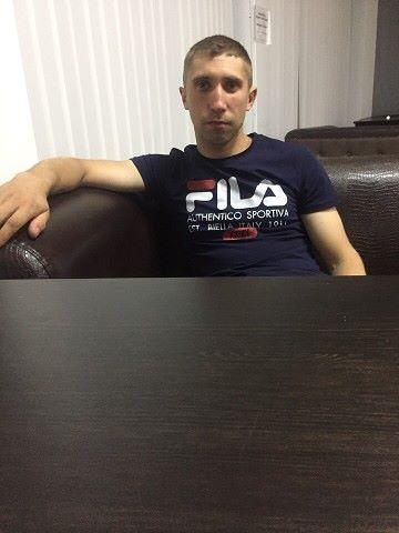 Denis, 25, Kamenolomni
