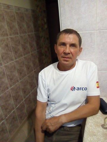 Иван, 55, Perm