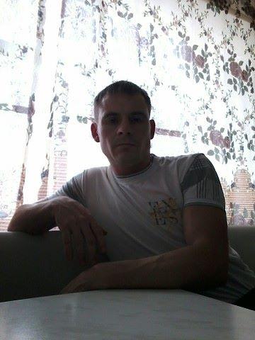 Dmitriy, 35, Krymskiy