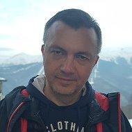 Анатолий Артюхов