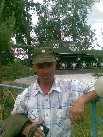 Viktor, 66, Berezniki