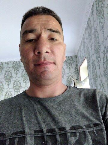 Rustam, 40, Fergana