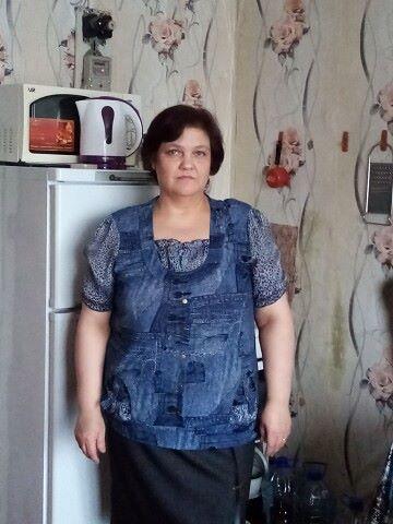 Nadezhda, 48, Yekaterinburg