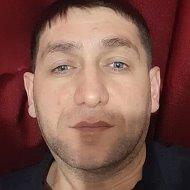 Сархан Османов