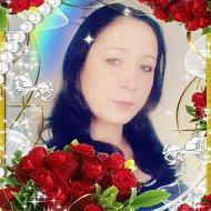 Лиана Фазылова