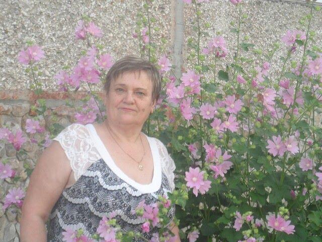 Antonina, 64, Butka