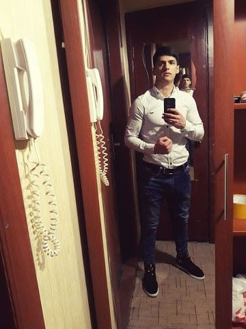 Huseyn, 21, Donetsk