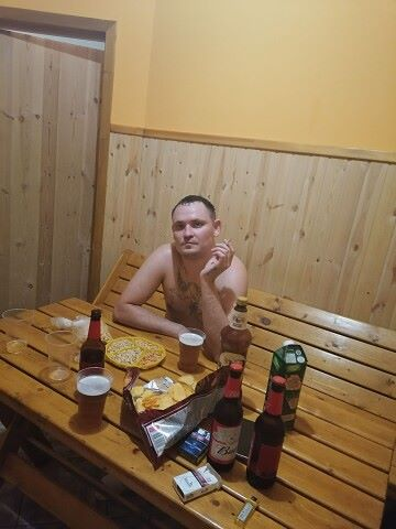 николаевич, 31, Krasnoznamensk