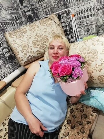 Лена, 44, Kuybyshev