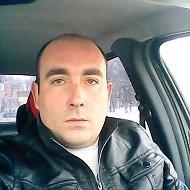 Денис Пинашин