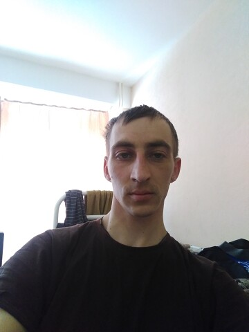 Иван, 30, Mezhdurechensk