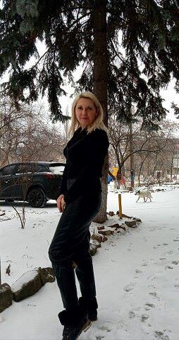 Вита, 42, Yenakiyeve