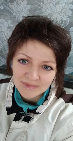 Irina, 49, Amsterdam