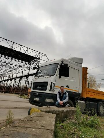 Илья, 31, Bogoroditsk