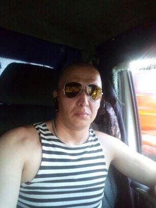 Денис, 42, Belogorsk