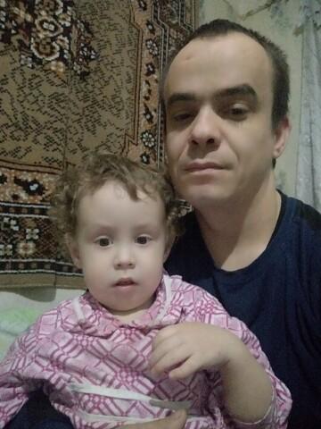 Валерий, 31, Olmaliq
