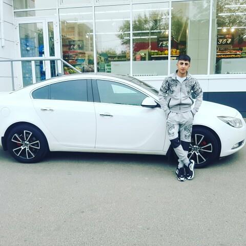 Asman, 22, Kazan'