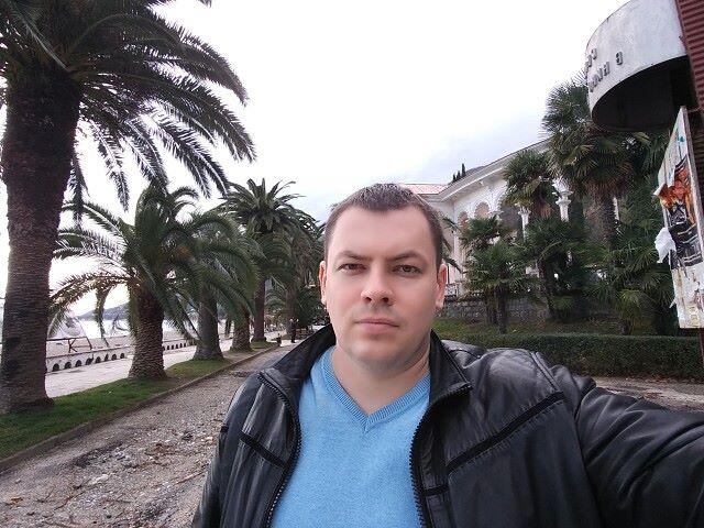 Oleg, 40, Odesa