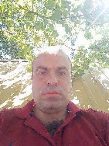 Arayik, 27, Ararat