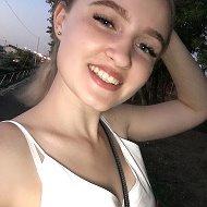 Ира Гурова