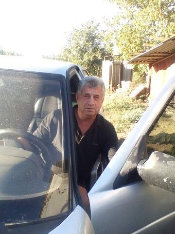 Aleksandr, 64, Zolotonosha