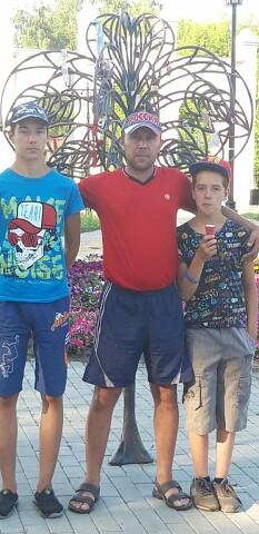 Алексей, 39, Petrovsk