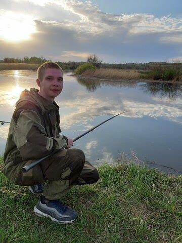 Artem, 24, Krasnoarmeyskoye