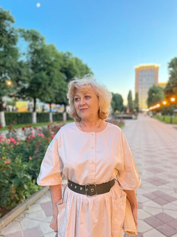 Валерия, 64, Saint Petersburg