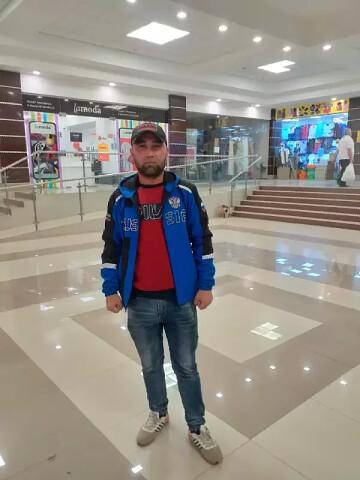Тахир, 37, Khujand