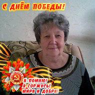 Александра Усова (Кашеварова)