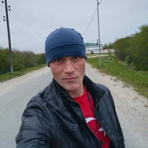 Антон, 38, Okha