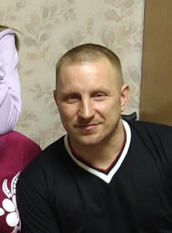 Сергей, 46, Usogorsk