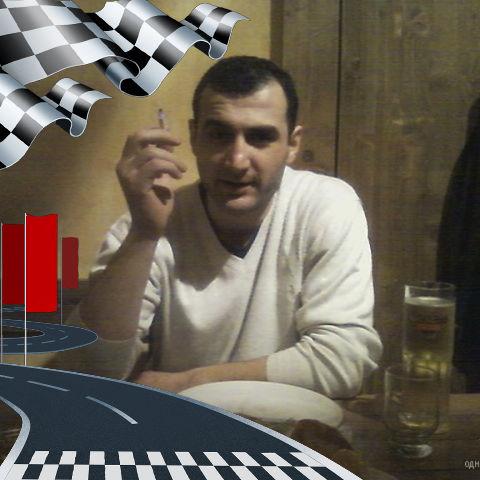 Simon, 40, Gori