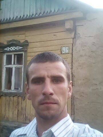 максим, 32, Oryol