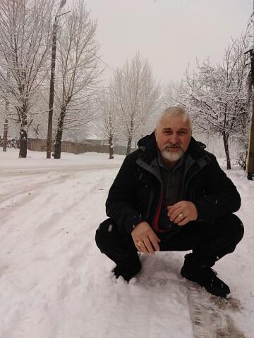 Юрий, 58, Novomoskovsk
