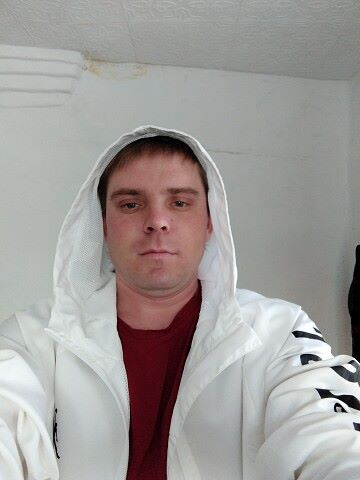 Andrey, 29, Turgen