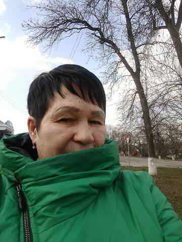 Лариса, 57, Armavir