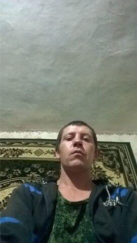 И, 32, Krymsk
