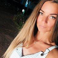 Виктория Близнец