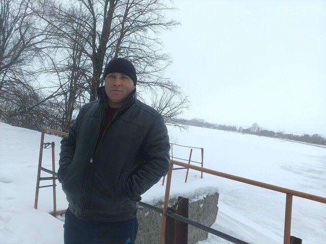 Андрей, 43, Vyselki