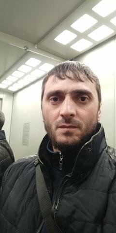 Ramzan, 39, Grozny