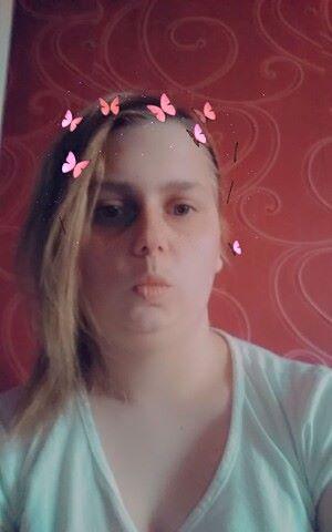 Sintija, 25, Balozi